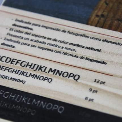 Impresión en madera de pino detalle 2