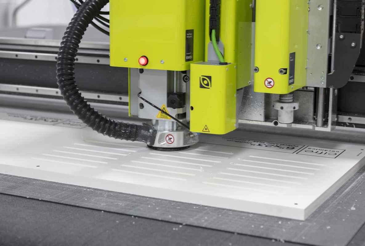 Corte materiales rígidos Hispaprint